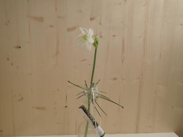 Gutschein 1 mit Blumen ausgarniert